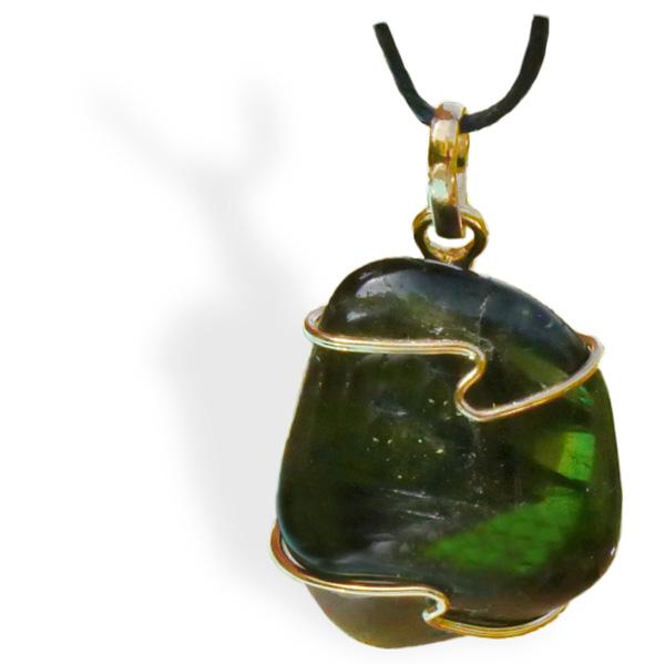 Tourmaline verte roulée pendentif