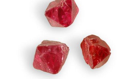 Spinelle rouge, une pierre qui permet de dynamiser l'énergie