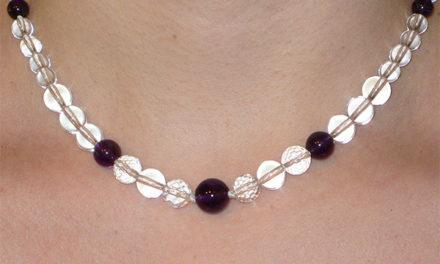 Le collier «Conscience», pour le lien avec la conscience claire, la Source.